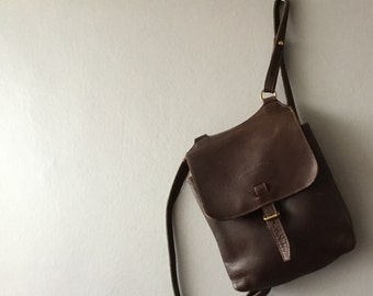 Milk Chocolate Brown saddle leather Charles et Charlus FRANCE convertible shoulder bag, crossbody, or backpack, vintage
