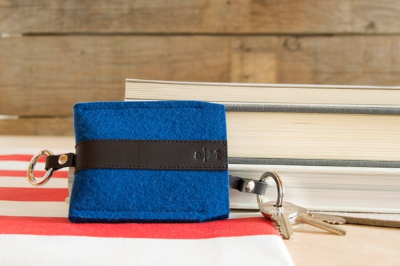 Felt and leather KEY HOLDER, key case, blue and black, wool felt, handmade, made in Italy