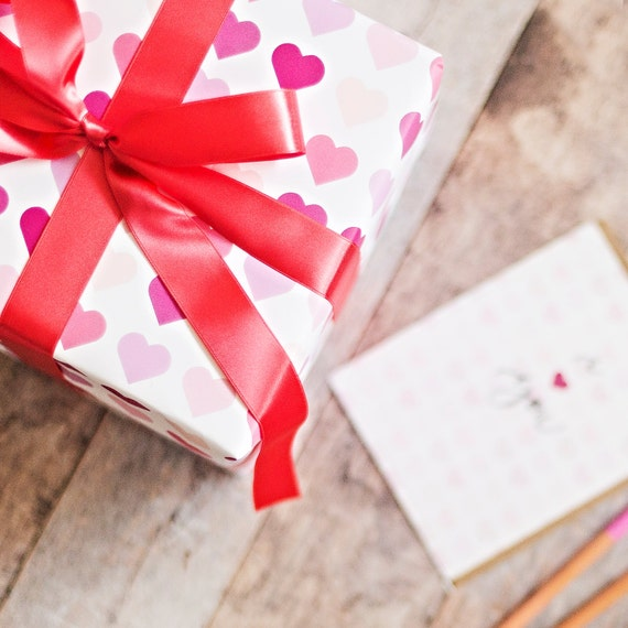 valentines gift wrap, gift wrap for her, patterned hearts gift ...