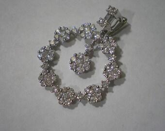 Vintage 18 kt White Gold Diamond Wreath Circle Flower Pendant Enhancer