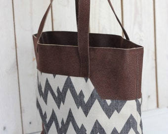 Chevron tote bag, Grey Chevron bag, Leather canvas tote, Brown white chevron, Canvas Leather Handbag, Diaper bag leather, Chevron handbag