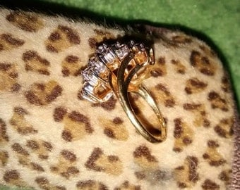18 Gold Electroplaied CZ Cluster Ring   Size 4 1/2