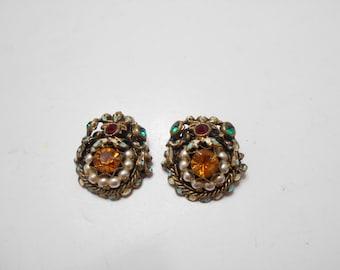 Vintage Rhinestones & Faux Pearl Clip Earrings (4231) Loaded!