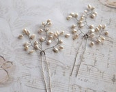 Wedding Hair Pins, Bridal Hair Pins, Ivory Pearl Hair Accessory, Pearl Wedding Headpiece, Pearl Wedding Pin, Pearl Hair Piece Pin