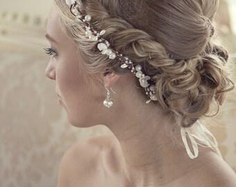 Pearl flower crown, bridal flower crown, Wedding tiara with pearls and silk flowers, Wedding flower crown, style ***Signia***