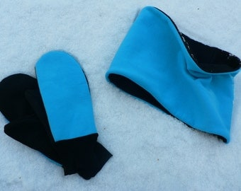 Turquoise and black scarf ans mitts