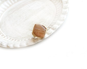 Adjustable Rhombus Peach Agate Stone Gold Plated Ring