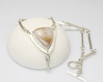 Dragons Keep - Agate Shield Pendant and matching chain