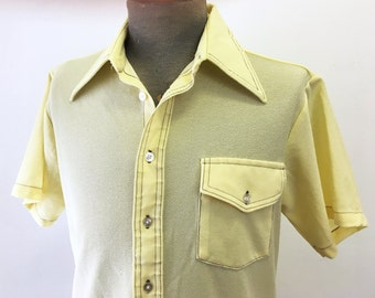 1970s Yellow Tailored Knit Polyester Disco Era Men's Vintage Short Sleeve Shirt by Royal Knight- Size MEDIUM