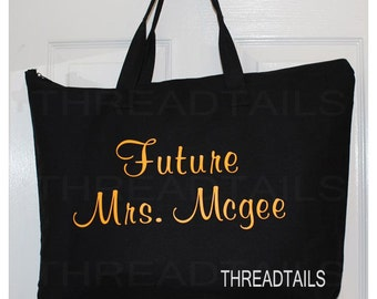 Personalized Future Mrs Tote for Bride to be. Bridal Shower Gift.   Large black bag, Zippered closure.  Vinyl applique lettering.
