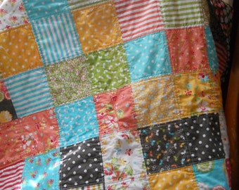 BABY GIRL Quilt~ Patchwork Quilt~Moda Prairie Charm Quilt~Baby Quilt~Free Shipping In US