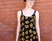 Adorable 90s Sunflower Print