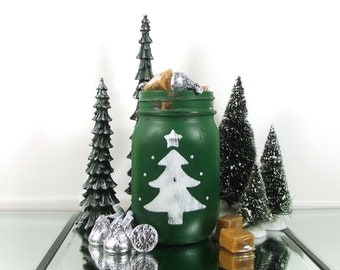 Christmas Mantle, Candy Jar, Distressed Home Decor, Christmas Decorations, Christmas Table Decor, Green Mason Jar, Christmas Gift Hostess