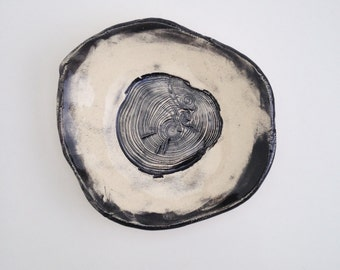 Black and White Pressed Scots Pine Tree Rings Catch All Dish (no 645)