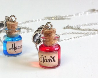 Tiny Health and Mana Potion Necklaces - Gamer jewelry, wow, lol, health magic potion, LARP gift, Potion necklace, gamer necklace, gamer gift