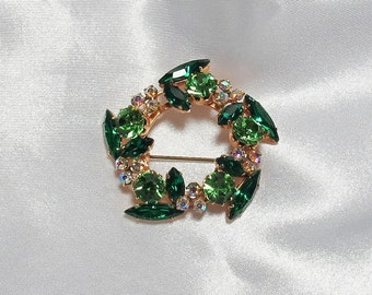 Vintage European Gold Cast Peridot and Emerald Green With Aurora Borealis Rhinestone Circle Wreath Brooch Pin