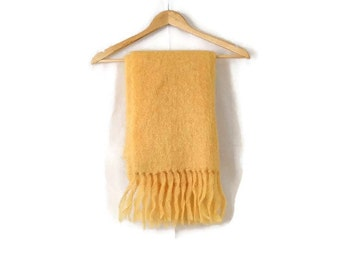 Vintage 1970's Pale Yellow Mohair Camp Blanket /Throw 60 x 17.5*