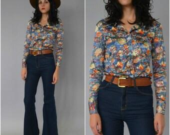 SALE 1970s sky blue floral button down shirt