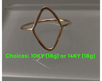 14K Diamond Shape Ring