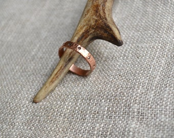 Women copper ring, woman hammered copper ring band, women's ring band, simple ring band, copper ring band, medioeval jewelry, rustic ring
