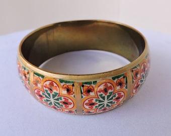 Brass Bracelet Kaleidoscope Pattern | Vintage Gold Red & Green Stenciled Brass Bracelet Bangle | Made in India | GreenTreeBoutique