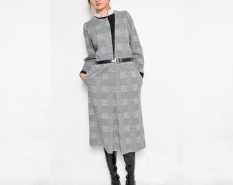 Vintage 80's Houndstooth Midi Dress / Long Sleeve Belted Dress / Houndstooth Winter Dress