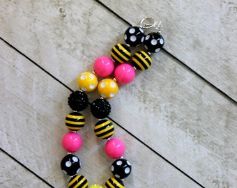 chunky necklace bumble bee pink yellow and black chunky beaded bubblegum necklace girls necklace yellow black bead birthday necklace