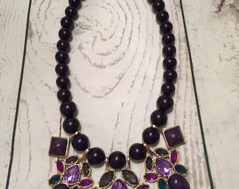 Baubles, beads and stones statement necklace