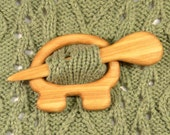 Wooden shawl pin, Sweater clasp, Shawl stick, Scarf pin, Eco-friendly gift, Wooden animal, Wood carving, Simple design, Natural color,Turtle