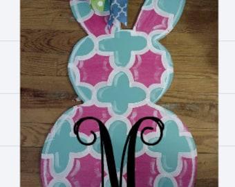 Easter Bunny, Easter rabbit, door hanger, wreath, quatrefoil, hand painted door hanger