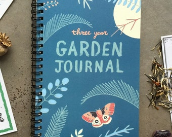 Garden Journal: Three Year Daily Planner Gardening Gift for Gardeners, Garden Book Garden Art Gift for Mom Gift Day Planner Gardener Gift