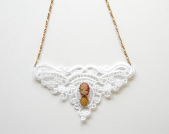 Antique Victorian Lace Necklace with Cameo