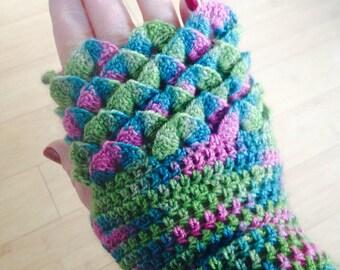 Dragon Scale Fingerless Mittens Crochet Pattern - Crocodile Stitch Mittens, Womens, Fingerless gloves,