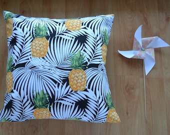 45 x 45cm Cushion Cover | PINEAPPLES | Free Shipping to Australia