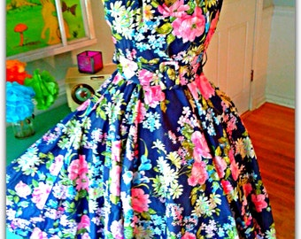 Garden Party Dress /Pin up /Sun Dress / Floral /Tea Party / Halter / Wedding / Full sweep Skirt / Bridal Shower  / Summer Party / Med