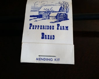 Pepperidge Farms Mending Kit / Matchbook sewing Kit