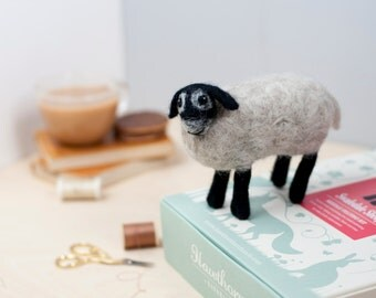 Sheep Needle Felting Kit - Swaledale Sheep Craft Kit -  craft set gift - felt sheep project - sheep craft kit for adults - textiles project