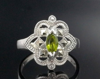 Green CZ & Marcasite Sterling Silver Ring Size 8 Vintage