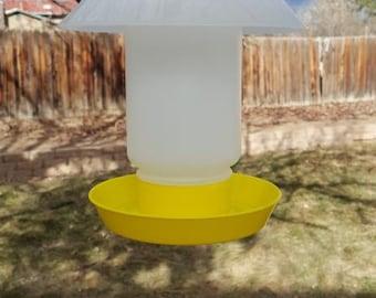 Bird Waterer / Hummingbird Feeder Yellow