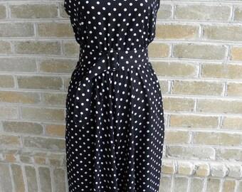 Vintage Black and White Polka Dot Dress / Vintage Black White Sleeveless Midi Dress / 80's Vintage Dress / M/L
