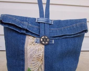 Insulated lunch bag recycled denim bag upcycled jeans linen batik medium size SKU: UILB08152
