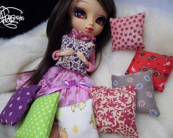 Little Pillow for BJD doll Pullip Blythe cute