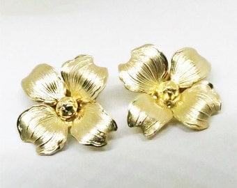 Dogwood Flower Earrings - Vintage, Turin, Inc. Signed, 12K Gold Filled Metal, Clip-on Earrings