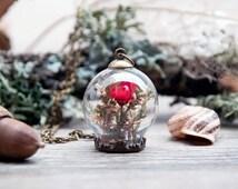 terrarium necklace, vial, miniature garden pendant, botanical jewlery, glass orb necklace, dried flowers pendant, glass globe necklace