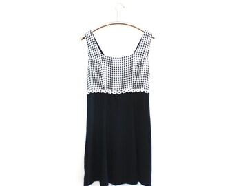 90's Sleeveless Black and White Plaid Mini Dress