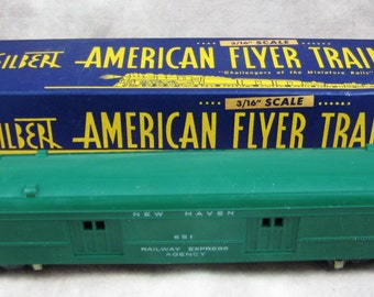 """1946-1952 American Flyer S Scale #651 BAGGAGE CAR with Box - Green New Haven Line - Gilbert 3/16"""" scale"""