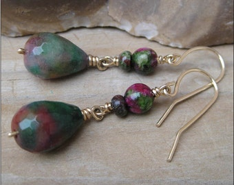 Pink and green gemstone drop earring, Dangling earrings, Natural stone earrings, classic drop earrings, Classic earring, colorful earrings