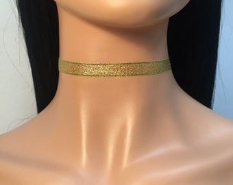 Voile gold choker