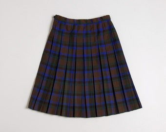 Vintage tartan girl's skirt with box-pleats age 6