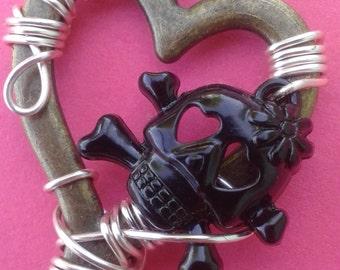 Sweetheart Skull Key
